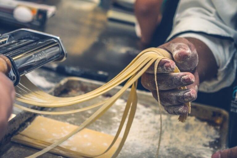 Homemade pasta, Noodles tagliatelle